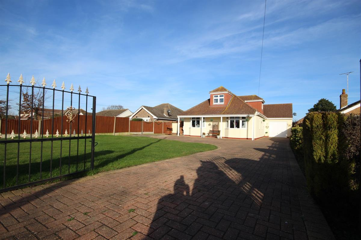 Point Clear Road, St. Osyth, Clacton-on-Sea