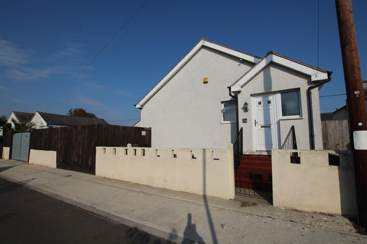 Wolseley Avenue, Jaywick, Clacton-on-Sea