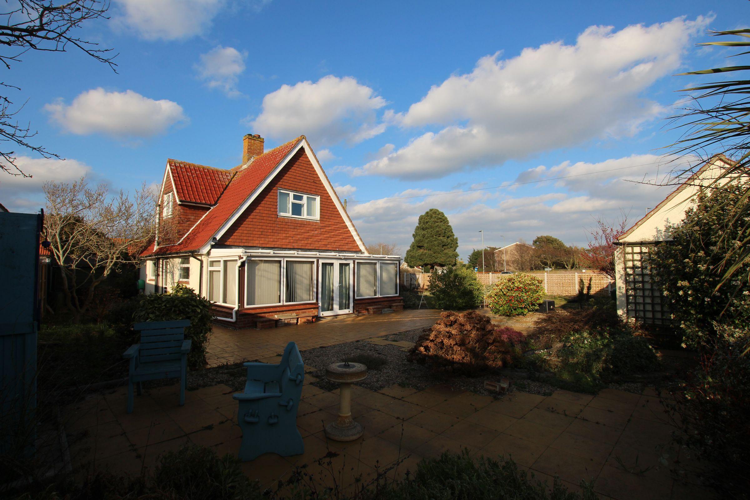 Azalea Cottage, Southview Drive, Clacton-on-Sea