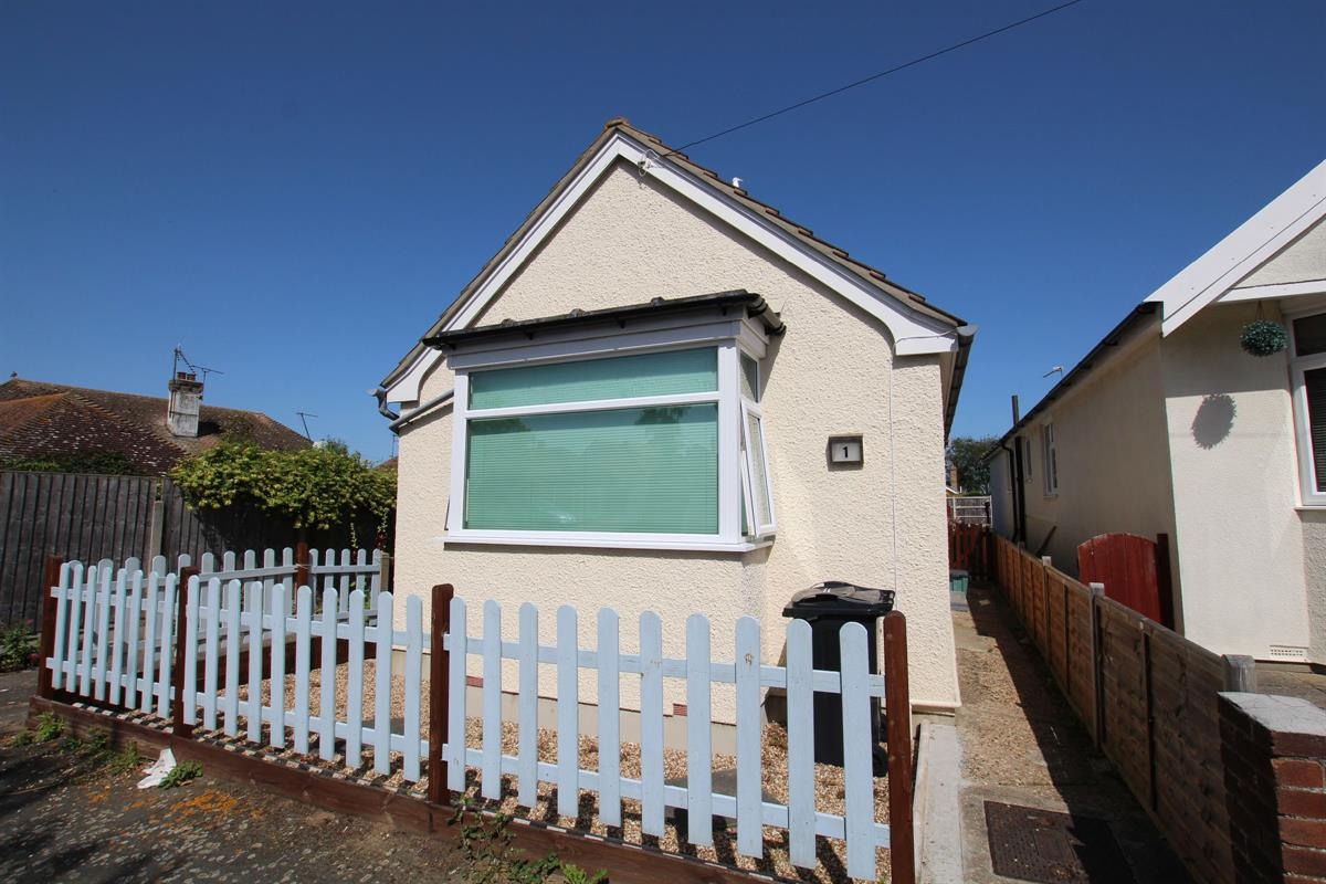 Colchester Road, Holland-on-Sea, Clacton-on-Sea
