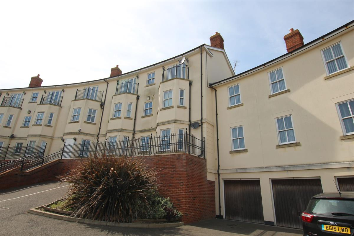 Clifton Court, The Parade, Walton on the Naze