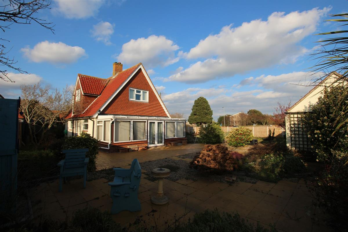 Azalea Cottage, Southview Drive, Clacton-on-Sea